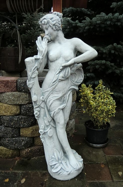 "Stone sculpture garden decorations ""Kiss from a Rose"" - 119 cm"