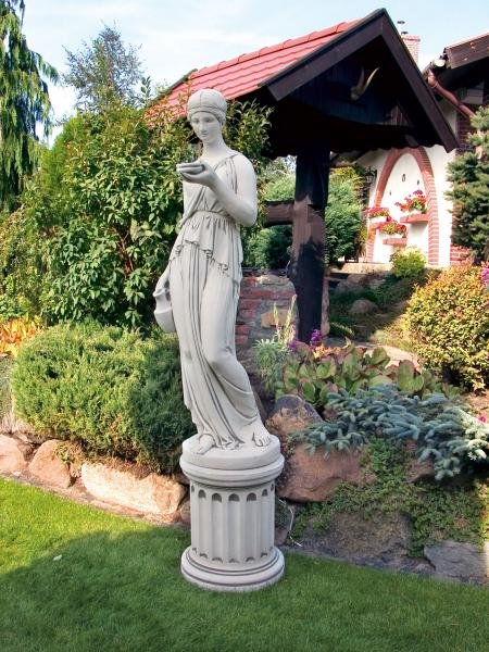 "Garden stone figure figure ""wine girl"" Height: 164 cm - 185 kg"