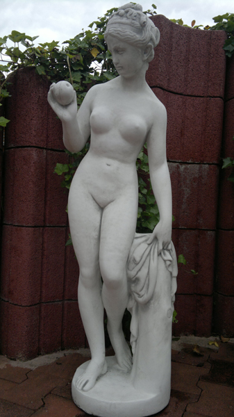 "Statue of ""Eva"" with apple decoration 119 cm 75 kg"