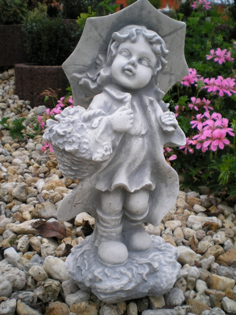 "garden statue ""with Christiane screen"" 39 cm"