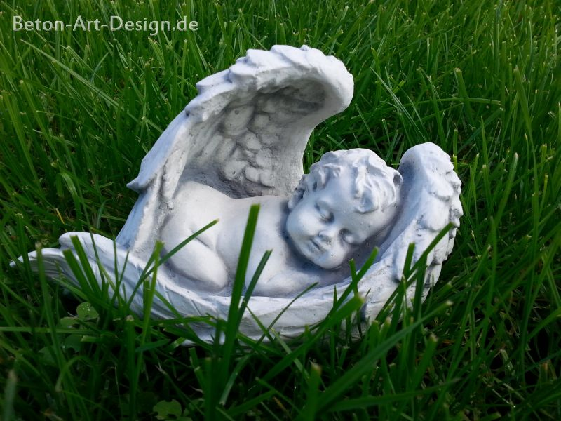 "cute stone figure ""Angel in the Wings' 13 cm high"