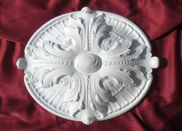 Ceiling rose with Acanthus leaves as an ornamental element