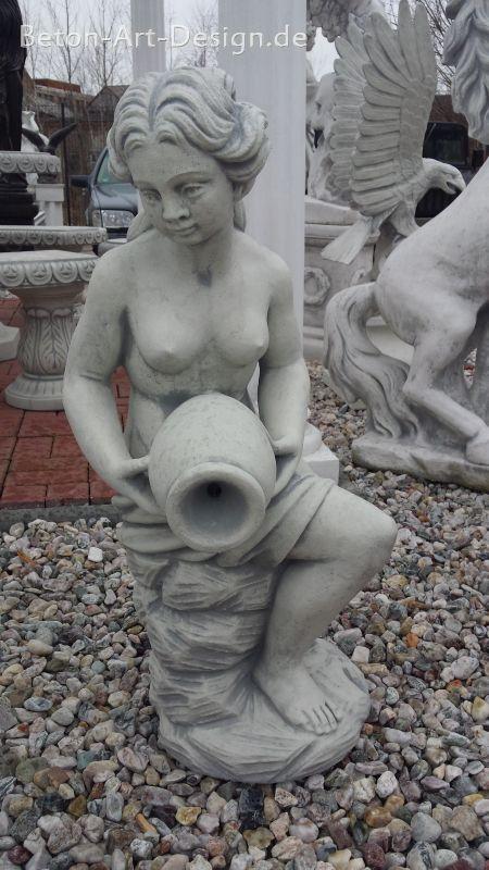 """Menschen Steinguss,92 cm /""""Frau mit Krug/"""" Brunnenfigur Gartenfigur Gartendeko"""