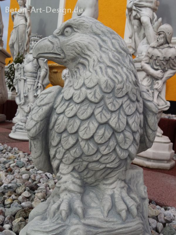 Proud eagle eagle figure 49 cm high - Garden Figure