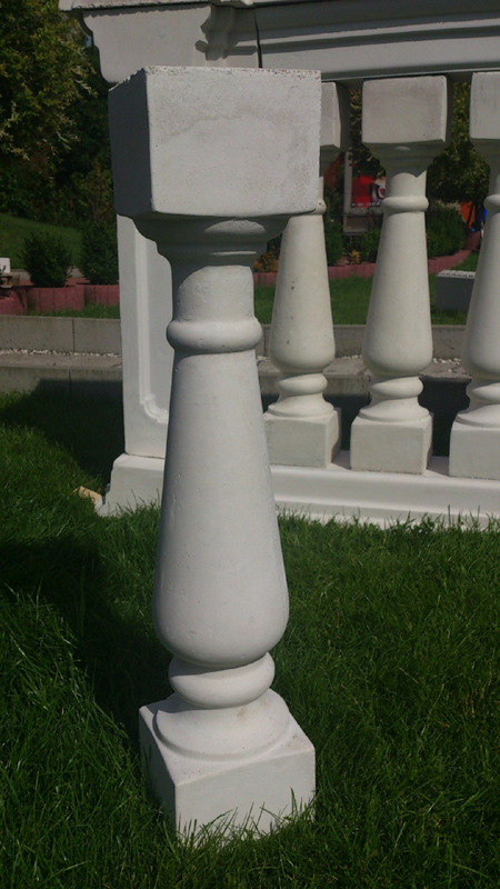 Balusters for a balustrade. 21 kg Height 72.5 cm