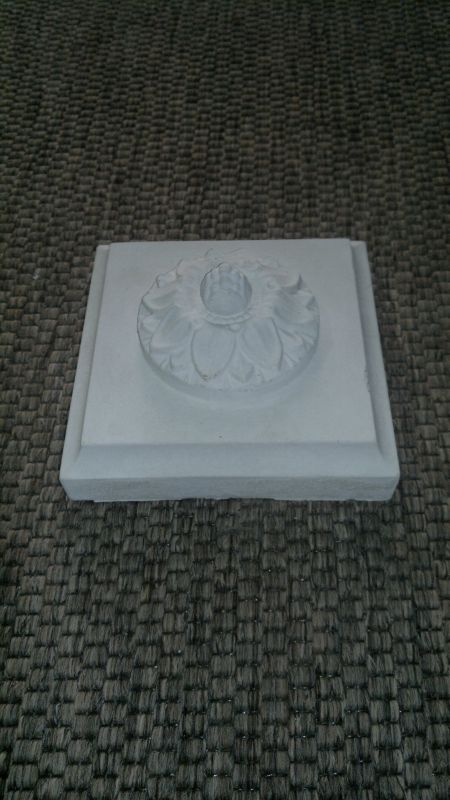 Capstone facade stucco decorative element - white concrete