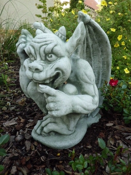 great Gargoyle Mythical Creatures 41 cm tall white concrete
