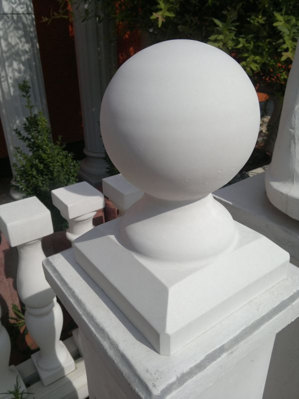 Pillar cover with ball 29 cm high
