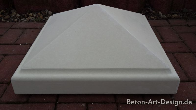 Pyramid cover for gateposts 55 x 55 cm