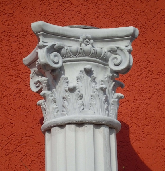 Capital in the Corinthian style - 30 cm diameter shaft