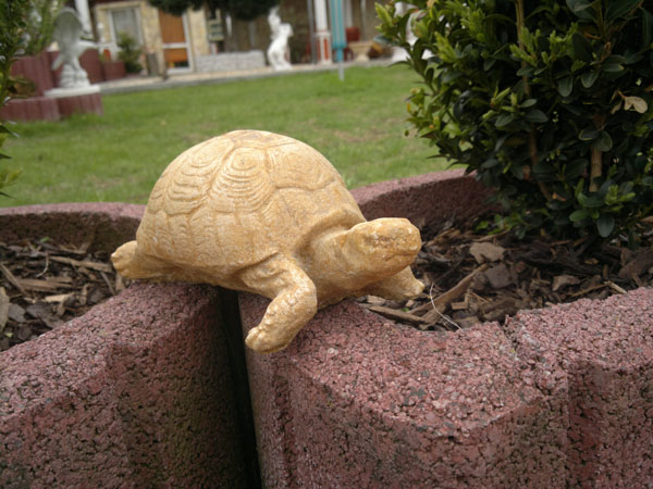 "Stone sculpture ""Garden Turtle"" HARALD weight about 1 kg"