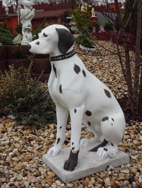 "beautiful garden figure ""Hound Dalmatian"""